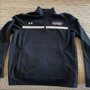 EUC Under Armour 1/2 zip with pockets